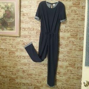 Old Navy sz M Jumpsuit